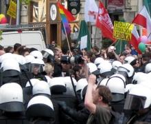 Marcia delle tolleranza a Cracovia, una marcia sotto assedio